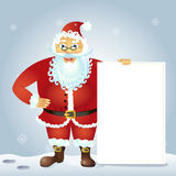 Santa Claus, die mit Weihnachtsgrußfahne in der Armvektorillustration steht Stockbild