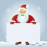 Santa Claus, die mit Weihnachtsgrußfahne in der Armvektorillustration steht Stockfotos