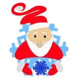 Santa Claus in einer unterhaltenden Kappe in Form einer Schneeflockenikone mit dem Schnee in den Händen Auf weißem Hintergrund fü Stockfotografie