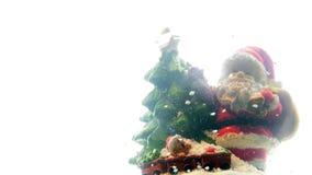 Santa Claus Father Christmas sulla strada nevosa video d archivio