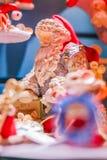 Santa Claus Figurine på skärm för ferierna arkivfoto