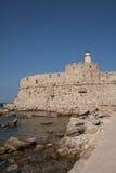 Santa Claus Fortress på pir i den Mandraki hamnen Arkivfoto