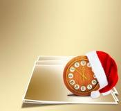 Santa Claus-hoed op de nacht van het Nieuwjaar Stock Fotografie