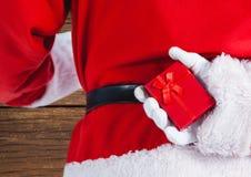 Santa Claus Holding Gift Box Fotografia Stock