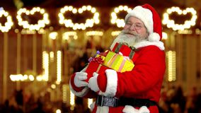Santa Claus Holding Presents filme