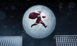 Santa Claus hoppar Arkivbilder