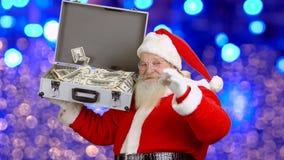 Santa Claus, Koffer mit Geld stock video