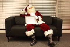 Santa Claus met gebrek aan motivatie Royalty-vrije Stock Fotografie