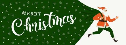 Santa Claus mit einer enormen Tasche auf dem Lauf zu den Lieferungsweihnachtsgeschenken lokalisiert auf weißem Hintergrund stockfoto