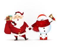 Santa Claus mit Geschenktasche voll von Geschenkboxen, von Weihnachtsgeschenk und von Schneemann mit der Klingelglocke lokalisier Lizenzfreie Stockbilder
