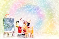 Santa Claus och ren på färgrik bakgrund Royaltyfri Bild