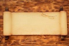 Santa Claus papperssnirkel på trä Royaltyfri Fotografi