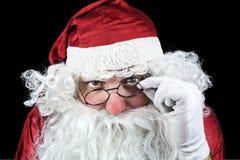 Santa Claus Portrait en la noche de la Navidad en vagos negros Fotos de archivo