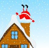 Santa Claus que escala a chaminé de uma casa de madeira ilustração royalty free