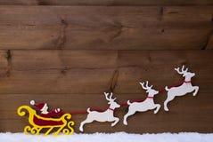 Santa Claus Sled With Reindeer, Sneeuw Stock Fotografie