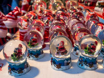 Santa Claus Snow Globes Stockfoto
