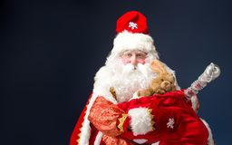 Santa Claus su fondo blu Fotografie Stock