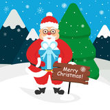 Santa Claus sveglia con un regalo in sue mani Paesaggio delle montagne, foresta, neve Progettazione piana moderna Fotografia Stock Libera da Diritti