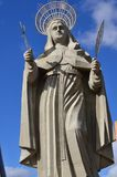 SANTA CRUZ, БРАЗИЛИЯ - 25-ое сентября 2017 - взгляд двора самой большой католической статуи в мире, статуя Святого r Стоковые Изображения