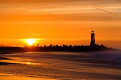 Santa Cruz Breakwater Light Walton Lighthouse no nascer do sol imagem de stock