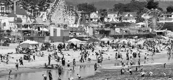 SANTA CRUZ CA - AUGUSTI 4, 2017: Nöjesfält på stranden Th Fotografering för Bildbyråer