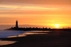 Santa Cruz falochronu światła Walton latarnia morska przy wschodem słońca zdjęcia royalty free