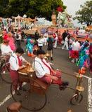 SANTA CRUZ SPANIEN - Februari 12: deltagare förbereder sig och assemb Royaltyfri Bild