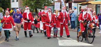 Santa dans la formation pour le grand jour images libres de droits