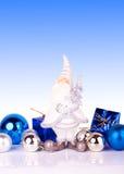 Santa en fondo azul Fotos de archivo