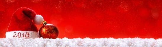 Santa för lyckligt nytt år hatt 2018 Arkivbilder