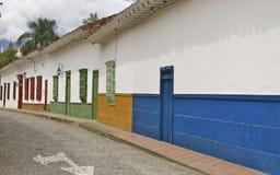 Santa Fe de Antioquia,哥伦比亚殖民地街道  库存照片