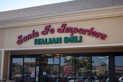 Santa Fe Importers Italian Deli-restaurantteken stock afbeeldingen