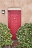 Santa Fe Nowy - Mexico Czerwony drzwi Zdjęcia Stock