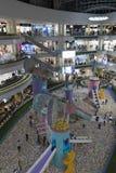 Santa Fe Shopping Center i staden av det Medellin uppifr?n golvet arkivfoto