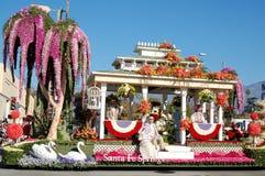 Santa- Fe Springshin- und herbewegung Rose Parade Pasadena stockbild