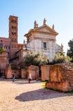 Santa Francesca Romana of Santa Maria Nova zijn een de 10de eeuw titulaire kerk en een minder belangrijke basiliek, vroeger kloos royalty-vrije stock foto