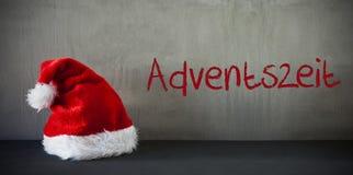 Santa Hat, Adventszeit veut dire Advent Season Photographie stock
