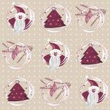 Santa, jultree och purpur pink för filialer Royaltyfria Bilder