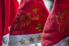 Santa klauzula kapelusze dla bożych narodzeń fotografia stock