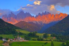 Santa Magdalena village in front of Dolomites Group, Val di Fune Stock Image