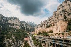 Santa María de Montserrat Benedictino Abbey In Mountain Of Montserrat, en Monistrol De Montserrat, en Cataluña, España Fotos de archivo