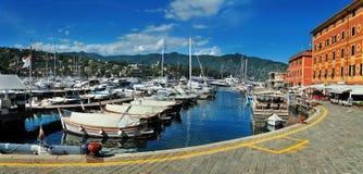 Santa Margherita kaj med port, Liguria Royaltyfri Fotografi