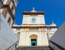 Santa Maria Assunta Church en Positano imagenes de archivo