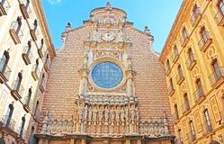 Santa Maria de Montserrat Abbey i Monistrol de Montserrat, Catalonia, Spanien Royaltyfria Foton
