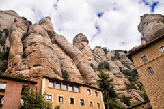 Santa Maria de Montserrat Abbey i Monistrol de Montserrat, Catalonia, Spanien Arkivfoton