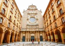 Santa Maria de Montserrat Abbey in Monistrol De Montserrat, Cata Lizenzfreie Stockfotografie