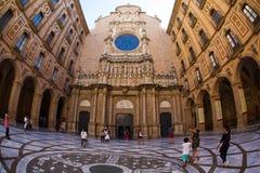 Santa Maria de Montserrat Abbey, Montserrat, Cataluña, España Fotos de archivo