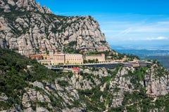 Santa Maria de Montserrat abbotskloster i Montserrat berg nära Barcelona, Spanien Arkivfoton