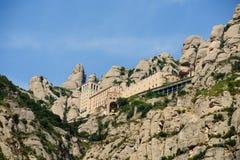 Santa Maria de Montserrat is een Benedictineabdij op wordt gevestigd die Stock Fotografie