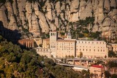 Santa Maria de Montserrat es una abadía benedictina Foto de archivo